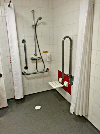 Wet Room in Travelodge