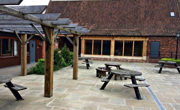 The Courtyard at Elms Farm