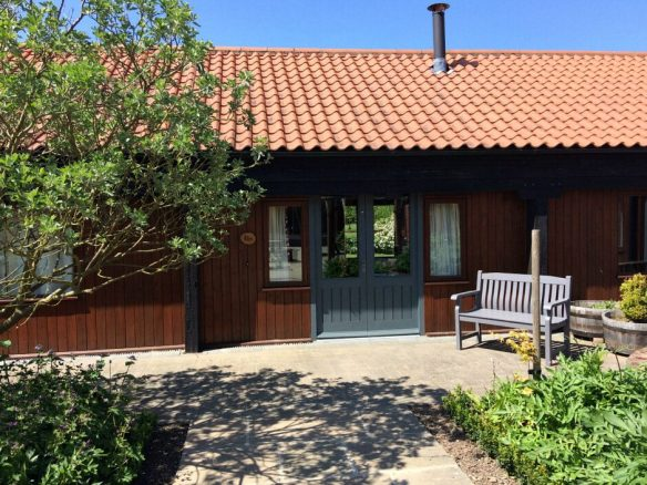 Elms Farm Luxury Holiday Cottages in Lincolnshire