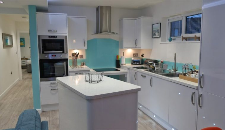 Wheelchair Friendly Kitchen in Cornwall Holiday Lodge